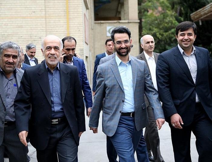 دانشگاه امیرکبیر برای ایجاد مرکز ملی اینترنت اشیاء اعلام آمادگی کرده است/ ماموریت تدوین سند تحول دیجیتال را به دانشگاه تهران سپردیم