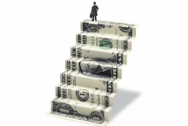 چرا دلار گران شد