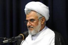 امام جمعه بندرعباس: ۲۶ میلیون کاربر ایرانی از پیامرسانهای خارجی استفاده میکنند
