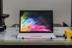 رونمایی مایکروسافت از لپ تاپ ۱۵ اینچی