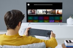 کیبورد مخصوص تلویزیونهای هوشمند عرضه شد