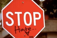 تهدید فیسبوک توسط ۳۷ موسسه خیریه