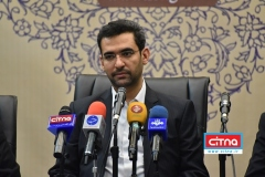 درخواست از شورای امنیت کشور برای رفع انسداد شبکههای اجتماعی