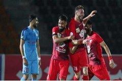 گلزن پرسپولیس با التماس قرارداد بست/ مدیریت باشگاه افتضاح است!