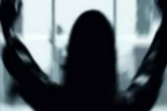 زن شیطان صفت برای دخترش لیلا مرد غریبه به خانه آورد