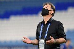 نامجومطلق: بازیکنانم غیرت نشان دادند