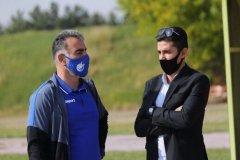 دو سال بعد استقلال قهرمان میشود