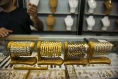 دوران سقوط قیمت ارز و طلا نزدیک است؟/سکه ۳.۳۵۳.۰۰۰ تومان شد
