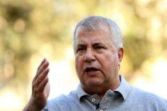 استوری علی پروین در واکنش به گرفتن حق میزبانی از فوتبال ایران