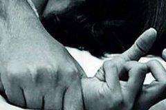 آزار شیطانی دختر دانش آموز توسط معلم خصوصی در قرنطینه کرونایی