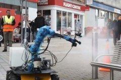 استفاده از روبات برای پاکیزه کردن شهر از کووید-۱۹