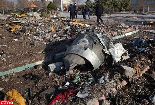 هواپیمای اوکراینی در زمان سقوط دارای خط سیری در مسیر بازگشت به فرودگاه بوده است/ دو موشک مجاورتی از نوع TOR-M1 از سمت شمال به سمت هواپیما شلیک شده اس