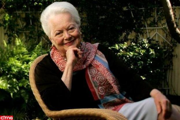 قدیمیترین بازیگر زنده دنیا 104 ساله شد