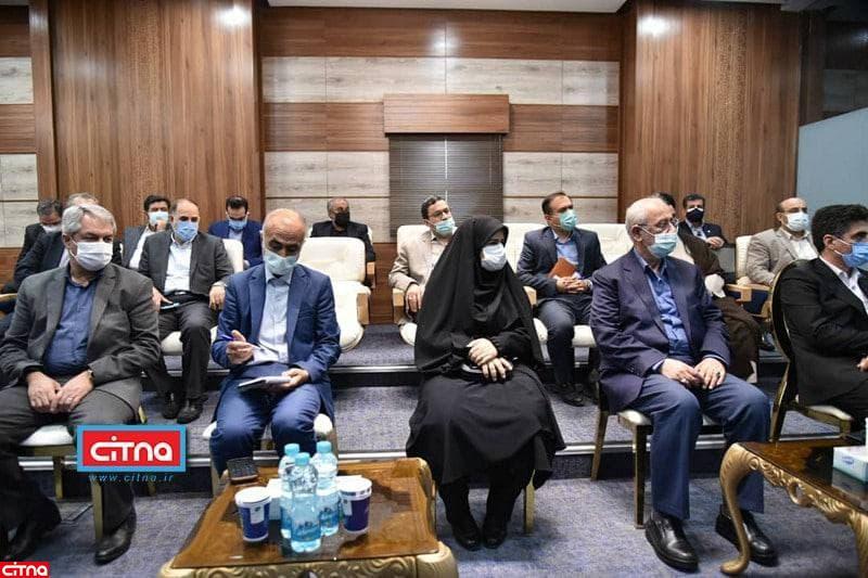 بازدید اعضای کمیسیون صنایع مجلس از مرکز کنترل عملیات شبکه شرکت مخابرات