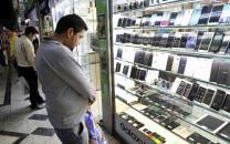 کاهش ۱۰ درصدی قیمت گوشی موبایل در بازار با افت نرخ ارز