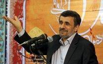 ادامه جنجال بر سر سخنان ساختارشکنانه احمدی نژاد