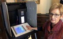 سیستمهای انتخاباتی در آمریکا به راحتی هک میشوند