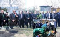 مراسم کاشت بیش از ۱۵۰۰ اصله نهال به مناسبت چهلمین سالگرد انقلاب اسلامی توسط شرکت مخابرات ایران در سراسر کشور برگزار شد