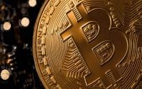 قیمت بیتکوین مرز ۱۰ هزار دلار را رد کرد