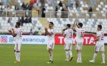 پخش زنده دیدار پایانی تیم فوتبال ایران در مرحله اول جام آسیا/ تقابل ایران با عراق در زمین فوتبال