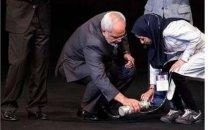 توئیت پرویز اسماعیلی: ایران و ایرانیان به تو خیلی احتیاج دارند آقای ظریف!