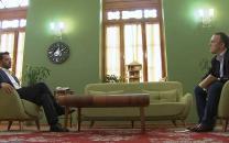 فیلم/ پاسخ آذری جهرمی به آسوشیتدپرس پیرامون پیشینهی فعالیتش در نهادهای اطلاعاتی و احتمال کاندیداتوری در انتخابات 1400