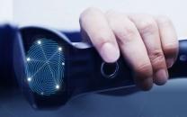 با کمک شرکت اپل، فناوری تشخیص چهره و اثر انگشت وارد صنعت خودروسازی میشود