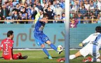 """از کریمی و دایی تا وریا و بیرانوند؛ ستارگان فوتبال ایران چه اشخاصی را """"فالو"""" کردهاند؟"""