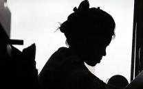 دختری به خاطر فقر توسط مادرش اجاره داده شد