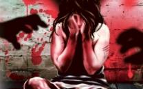 ساناز و الناز به جای ترکیه در خانه مجردی تسلیم دو شیطان شدند