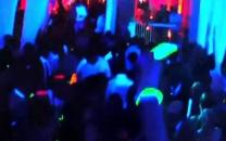 فیلمبرداری از صحنه آزار دو دختر 15ساله در پارتی شبانه