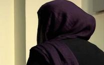 زن جوان: شوهرم مرا مجبور می کرد از زنان غریبه ای که به خانه می آمدند پذیرایی کنم