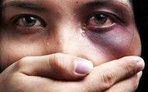 تجاوز پدر شیطان صفت به دختر باکره اش در حمام خانه