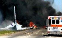 سقوط هواپیمای آمریکایی در تقاطع بزرگراه