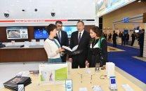 تصاویر/ بازدید رئیس جمهور آذربایجان و همسرش از نمایشگاه باکوتل