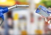 مسوولیت سوء استفاده از کارتهای سوخت مفقودی بر عهدهی مالکان است/ صاحبان کارت سوخت مفقودی سریعا برای تعیین تکلیف کارت سوخت خود اقدام کنند