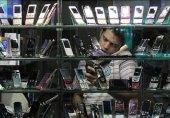 زورآزمایی 24 واردکننده مجاز آیفون با قاچاقچیان