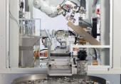 بازیافت آیفونها توسط ربات