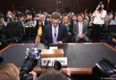عذرخواهی مدیرعامل فیسبوک در سنای آمریکا