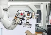 رونمایی اپل از روباتی که گوشیهای قدیمی آیفون را بازیافت میکند