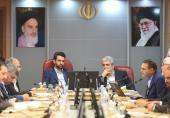 """آذری جهرمی: باید حوزهی صنعتی سازی و صادرات محصولات """"نانو"""" تقویت شود"""