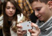 اقدام اپل برای کنترل اعتیاد کودکان به آیفون