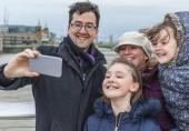 دیدگاه متفاوت والدین دربارهی انتشار تصاویر کودکانشان در اینترنت