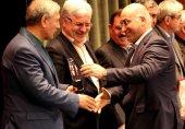 رایتل تندیس سومین جشنواره رتبهبندی شرکتهای تابعه شستا را دریافت کرد