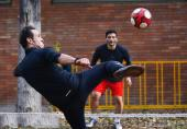 استوریهای تند علی کریمی در واکنش به محکومیت فدراسیون فوتبال