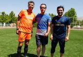 عاقبت فوتبال بازی کردن علی کریمی با خبرنگاران ورزشی!(+عکس)