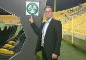 پست احساسی سعید آذری در مورد جنگ ایران و عربستان در زمین فوتبال